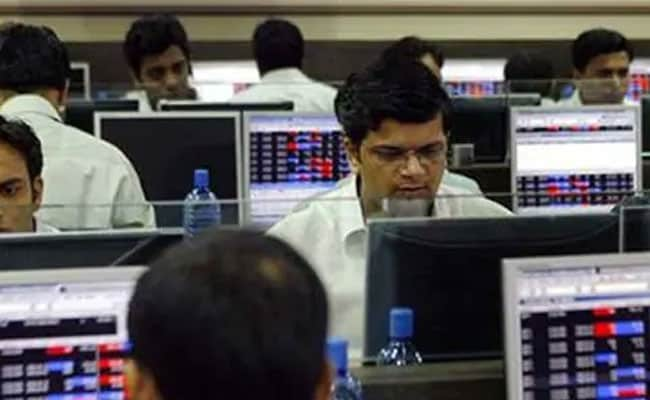 Stock Market Updates: Sensex Falls Over 200 Points, Nifty Near 11,850; Bank Stocks Lead Losses