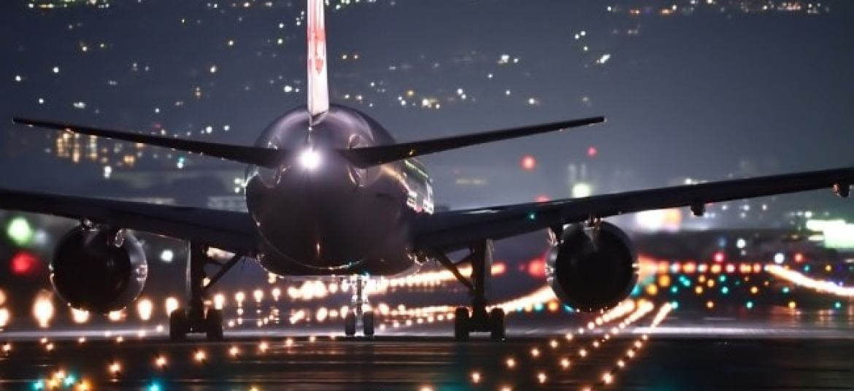 अमेरिका उपलब्ध उड़ानों के माध्यम से भारत से अपने घर लौटने का आग्रह करता है