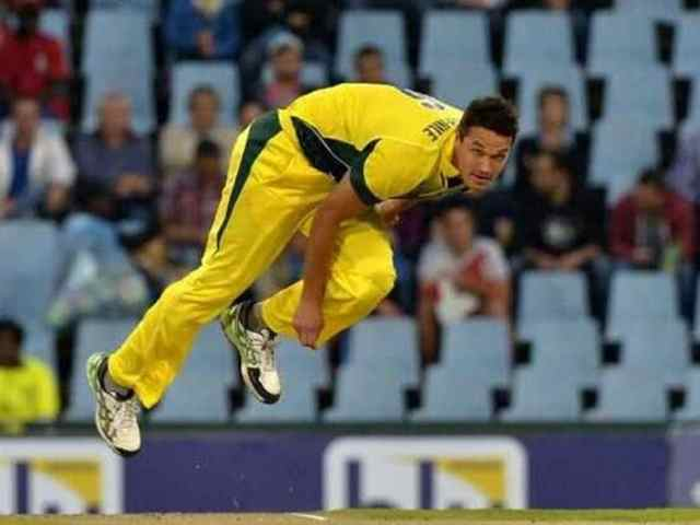 Nathan Coulter-Nile Signs Multi-Year Deal With Melbourne Stars