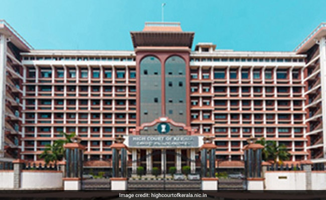 Plea In Kerala High Court To Reassess Minority Status Of Muslims, Christians In State