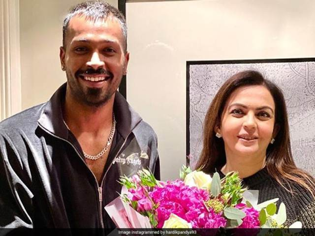 "Hardik Pandya Thanks Nita Ambani For Visit, Says ""Humbled By Your Gesture"". See Pic ""title ="" Hardik Pandya Thanks Nita Ambani For Visit, Says ""Humbled By Your Gesture"". See Pic ""/> </source data-recalc-dims="