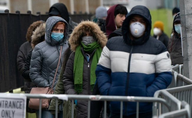Vaccinated People Don't Need Mask Outside Except In Crowd: US Health Body