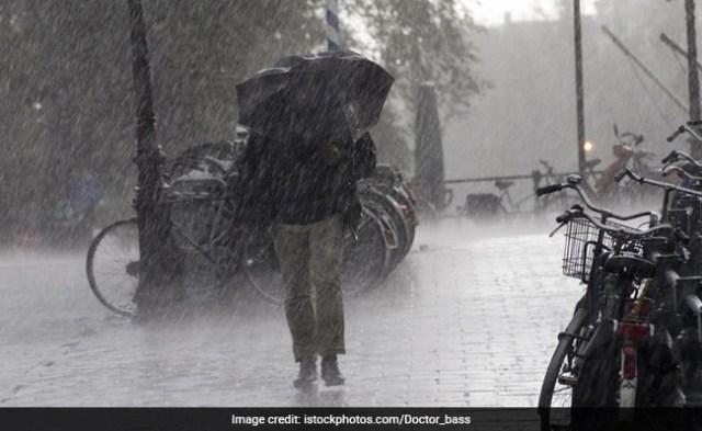 मध्य प्रदेश के कुछ हिस्सों के लिए ऑरेंज, येलो अलर्ट जारी: मौसम कार्यालय