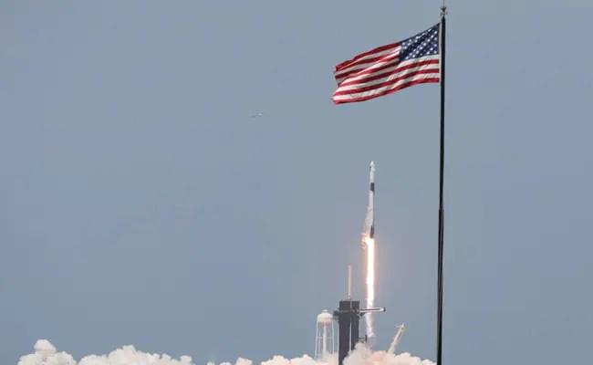 रूसी अंतरिक्ष एजेंसी ने रॉकेट लॉन्च पर स्पेसएक्स को बधाई दी
