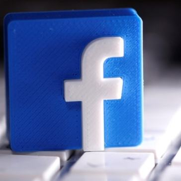 Facebook Faces Prospect of Data Transfer Ban After Irish Ruling