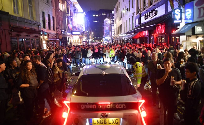 Drunk People Can't Socially Distance, UK Police Conclude
