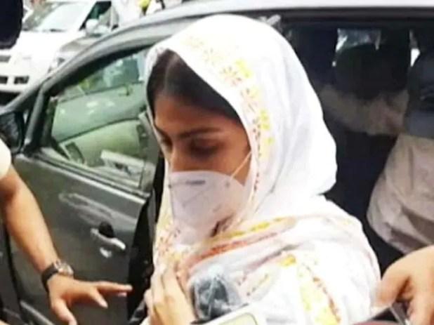 सुशांत सिंह राजपूत केस में रिया चक्रवर्ती का पॉलीग्राफ टेस्ट करवा सकती है CBI