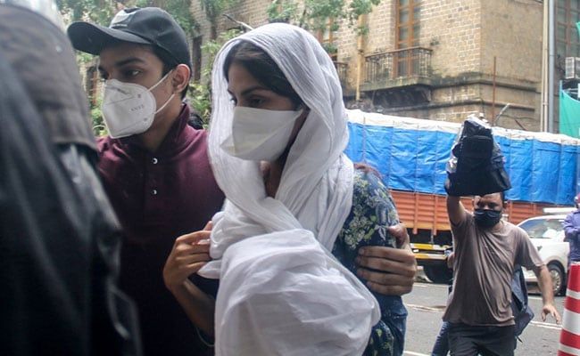Rhea Chakraborty and brother, Showik, have not been called by the CBI for questioning so far today (File)