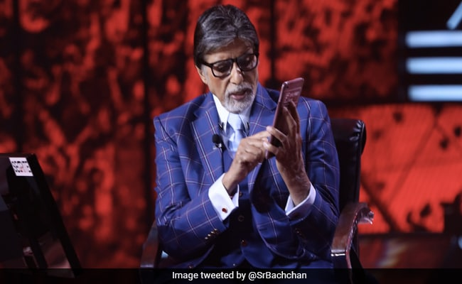 'Addicted To Kaun Banega Crorepati': Amitabh Bachchan Posts New Pics From The Sets Of The Show