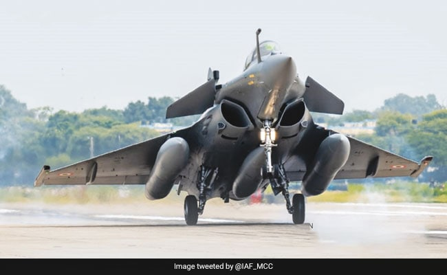 Congress Urges PM To Order Joint Parliamentary Panel Probe Into Rafale Deal