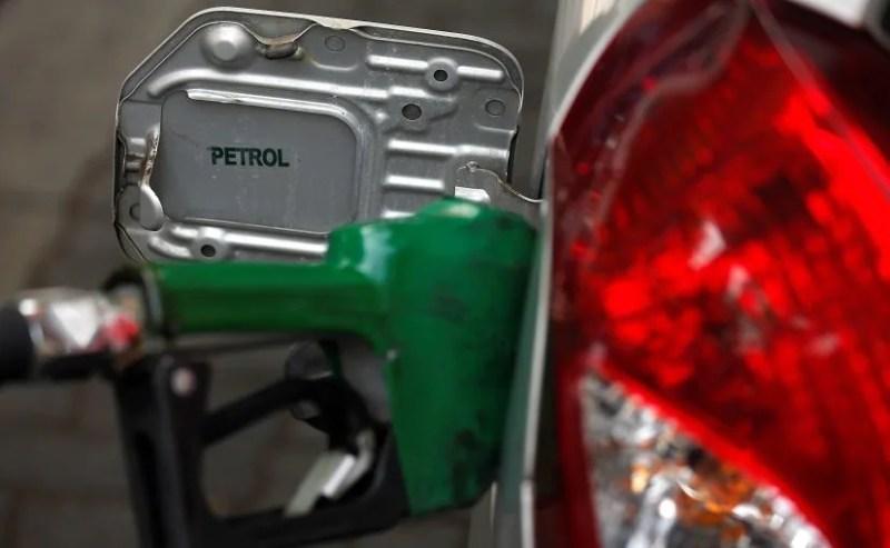 Petrol, Diesel Rates Unchanged In Metros On Saturday