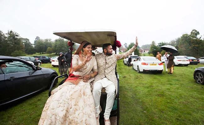 ब्रिटेन में कोरोना के चलते मेहमानों को बुलाने पर थी पांबदी तो भारतीय मूल के जोड़े ने इस तरह की शादी...