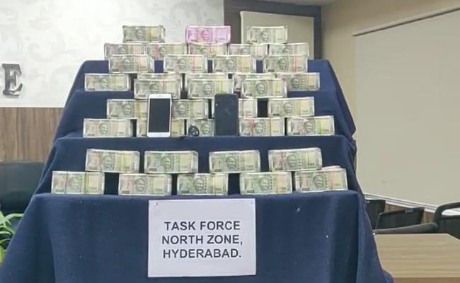 तेलंगाना उपचुनाव : भाजपा उम्मीदवार के रिश्तेदार के पास से 2.3 करोड़ रुपये नकद जब्त