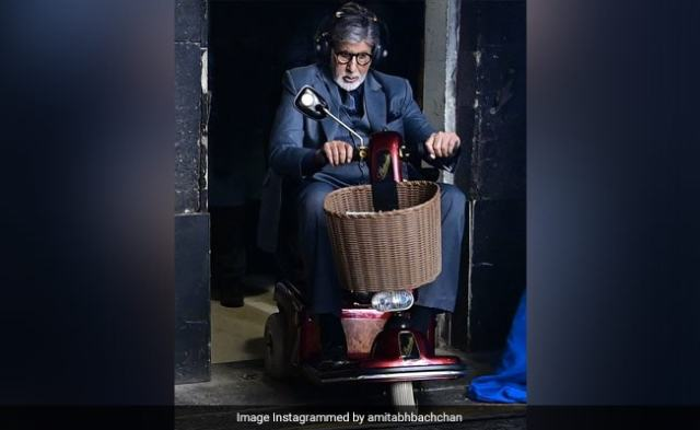 So, This Is How Amitabh Bachchan Shows Up On Set