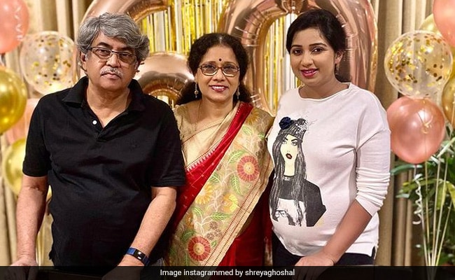'Wow, She Doesn't Look, Na?': Pregnant Shreya Ghoshal Shares Pic Of Mom's 60th Birthday
