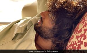 On Vijay Deverakonda's Haircuts Pic, This Actress Dropped a Comment