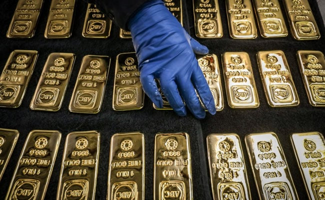 Gold Price Rise Marginally To Trade Above Rs 46,000/10 Gram, Silver Slips