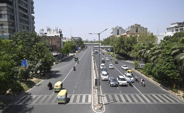 Delhi Likely To Extend Lockdown For Another Week: Sources