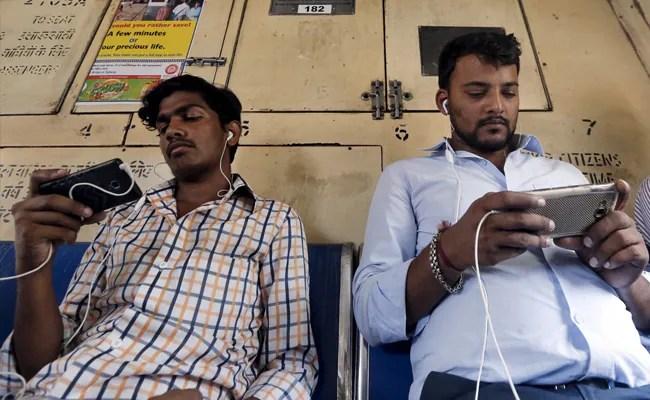 ShareChat Raises $502 Million From Snap, Twitter; Valuation Tops $2 Billion
