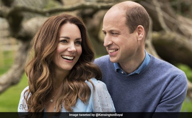 Queen Wishes William And Kate On 10th Wedding Anniversary