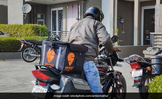 Swiggy Delivery Partners Catch Driver Who Fled Scene Of Accident