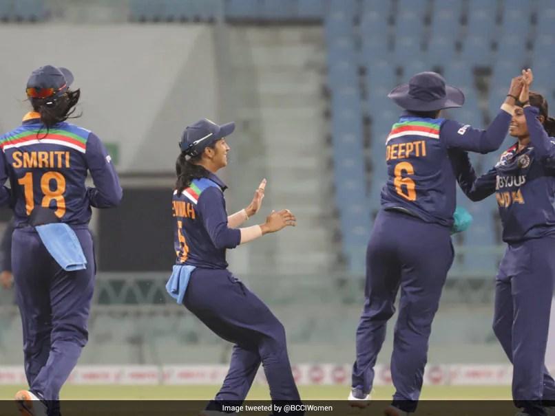 Incumbent WV Raman, Ex-Coach Ramesh Powar Interviewed For Indian Womens Cricket Head Coach Job
