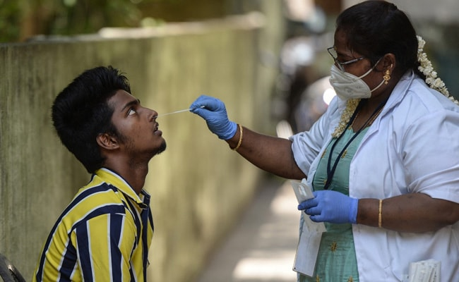 India Sees Lowest Daily Rise In 50 Days With 1.52 Lakh New Covid Cases: 10 Points