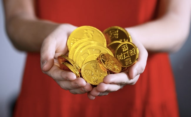 Gold Price Today: Yellow Metal Falls To Rs 46,728, Silver Also Slides