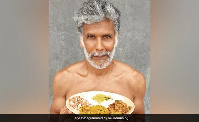 मिलिंद सोमन की दैनिक भोजन योजना (मिठाई शामिल) - विवरण यहाँ
