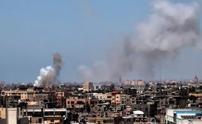 Israel, Hamas Begin Truce, Gazans Celebrate