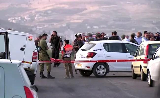 इजरायल के कब्जे वाले वेस्ट बैंक शूटिंग हादसे में घायल महिला, 2 की मौत