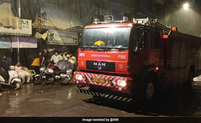 1 Dead After Building Wall Collapses On House In Mumbai's Bandra