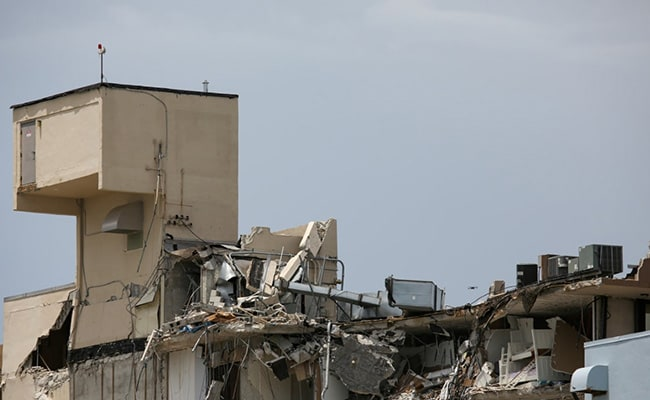Death Count Rises To 20 In US Building Collapse
