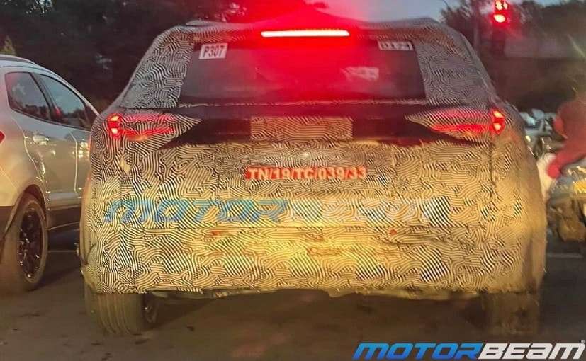 The Mahindra XUV700 has been spotted testing near Pune.