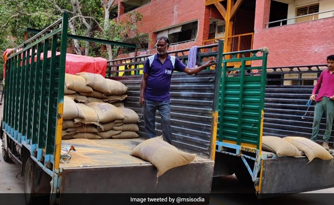 Centre Blocks Delhi's Ration Home Delivery, Say AAP Government Sources