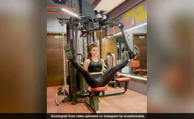 What Happens When Urvashi Rautela's Trainer Leaves Her Alone At The Gym