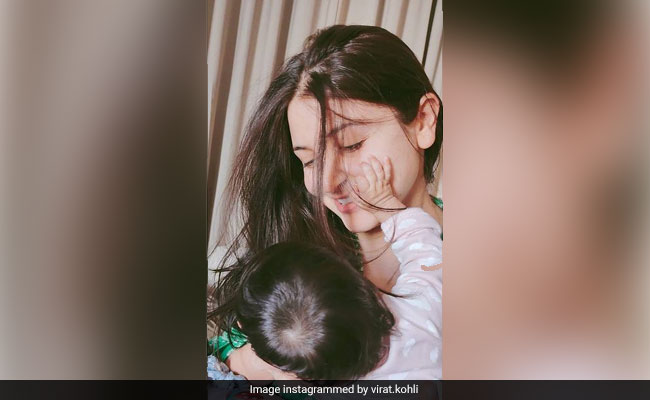 This Is How Priyanka Chopra, Ranveer Singh And Other Stars Reacted To Anushka Sharma's Pic With Vamika