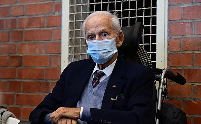 100-Year-Old Concentration Camp Guard Put On Trial In Germany For Nazi Crimes