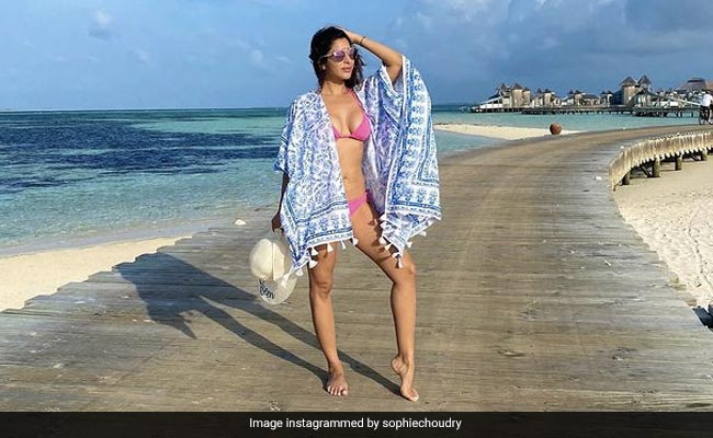 Sophie Choudry's Maldives Mood Summed Up In A Post