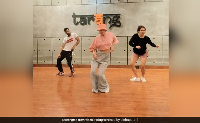 Can You Guess The Actress In The Video Acing A Viral Dance Challenge