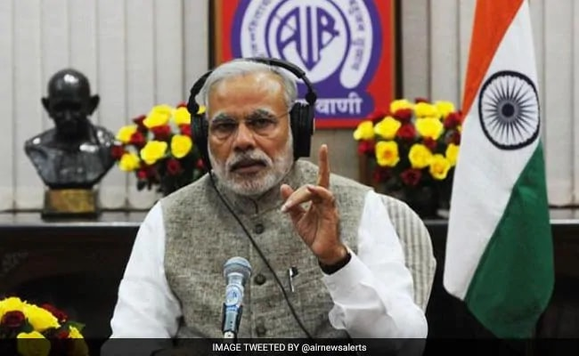 PM Modi Speaks To Tamil Nadu Hairdresser, Lauds His Library Initiative