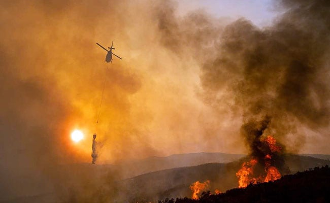 Fires Engulf California Tourist Sspots Ahead Of Holiday Weekend