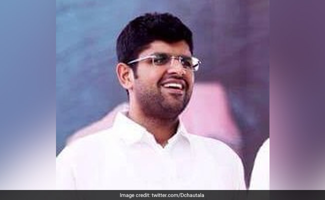 Country's First 'Grain ATM' Set Up As Pilot Project In Gurgaon: Dushyant Chautala