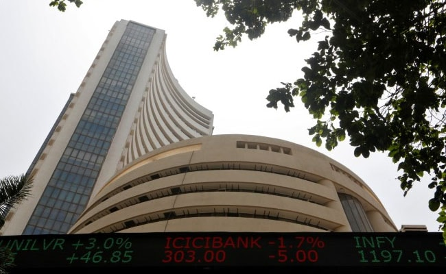 Sensex Soars Over 400 Points; Financial, IT Stocks Lead Gains