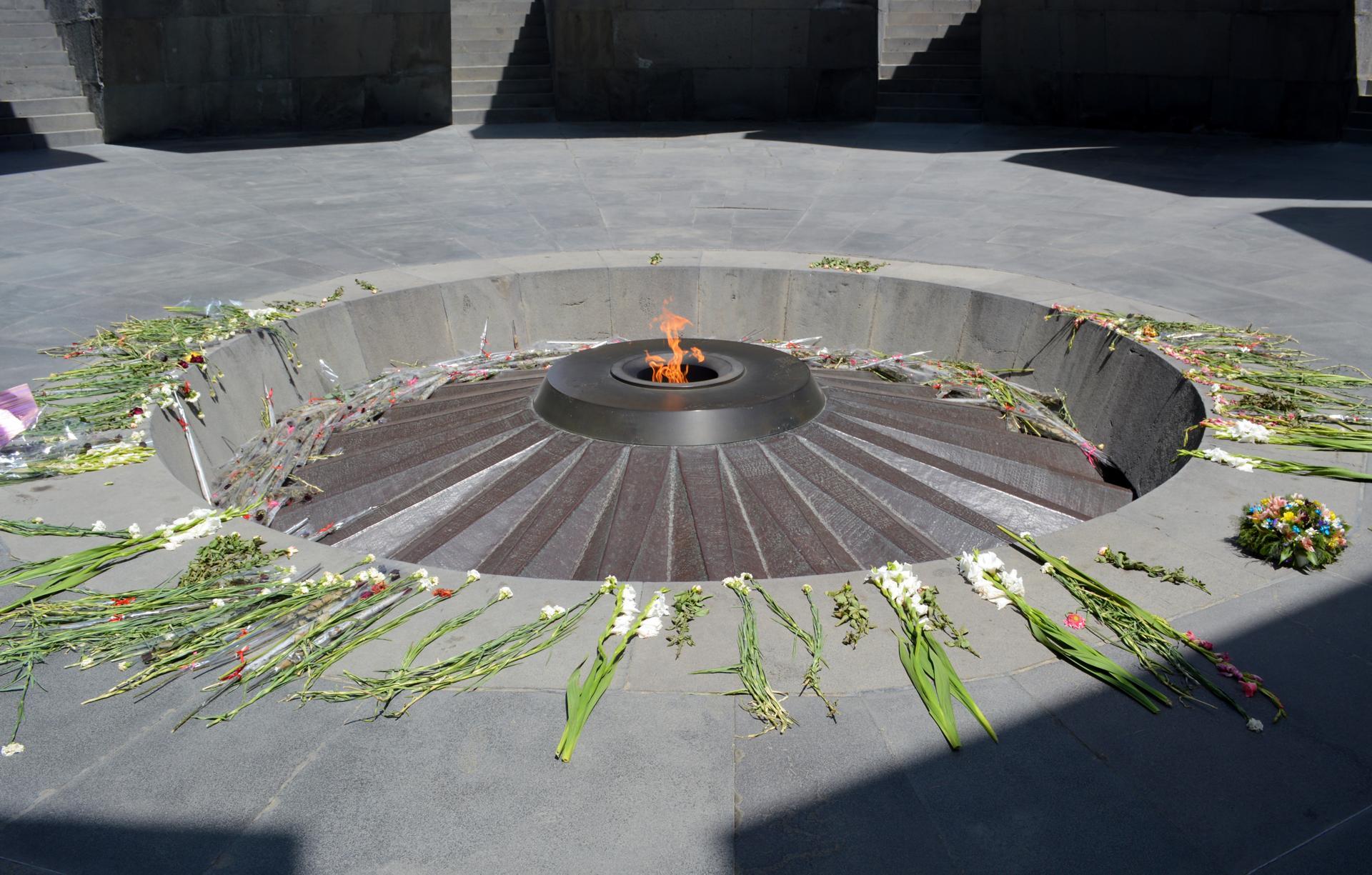 29armenia - Eternal flame. (Juliet Pennington for The Boston Globe)