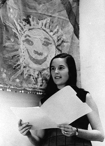 At the Office of Cultural Affairs, Mrs. Kane helped launch a program that brought the arts to Boston neighborhoods.