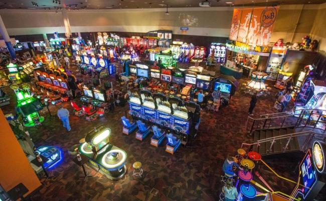 Woburn Gives Green Light To Dave Buster S The Boston Globe