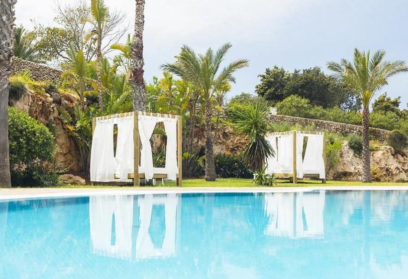 The sandy beach is nearly 350 metres away. Primasud Suites en Punta Prima desde 17 € | Destinia