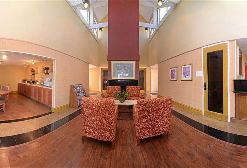 Hotel Rodeway Inn Amp Suites Fiesta Park En San Antonio