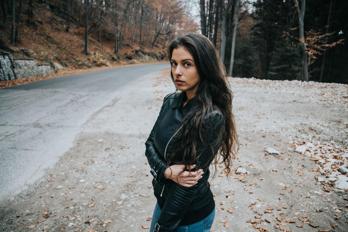 Black Car Hd Wallpaper Download Free Images Tree Winter Girl Road Model Jeans